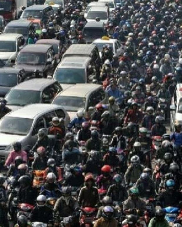 12 People Die While Stuck In Three DayTraffic Jam Promo Image
