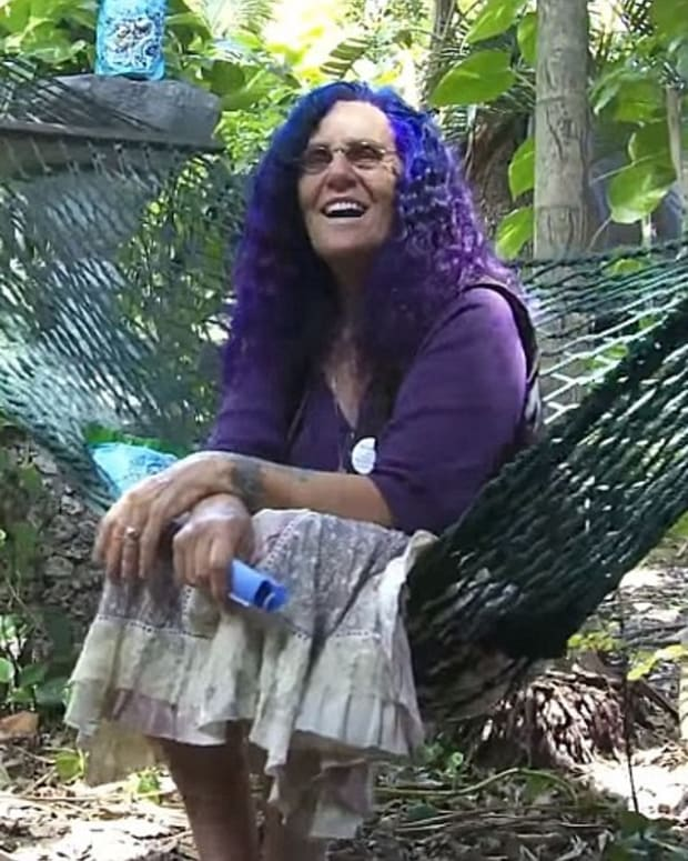 65-Year-Old 'Tree Hugger' Fights To Keep Treehouse Home Promo Image