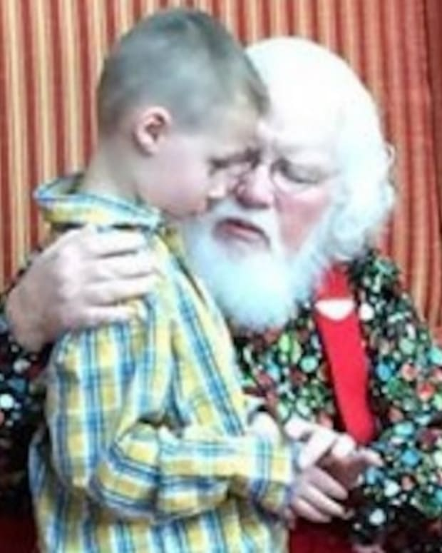 Autistic Boy Has Heartwarming Visit With Santa (Video) Promo Image