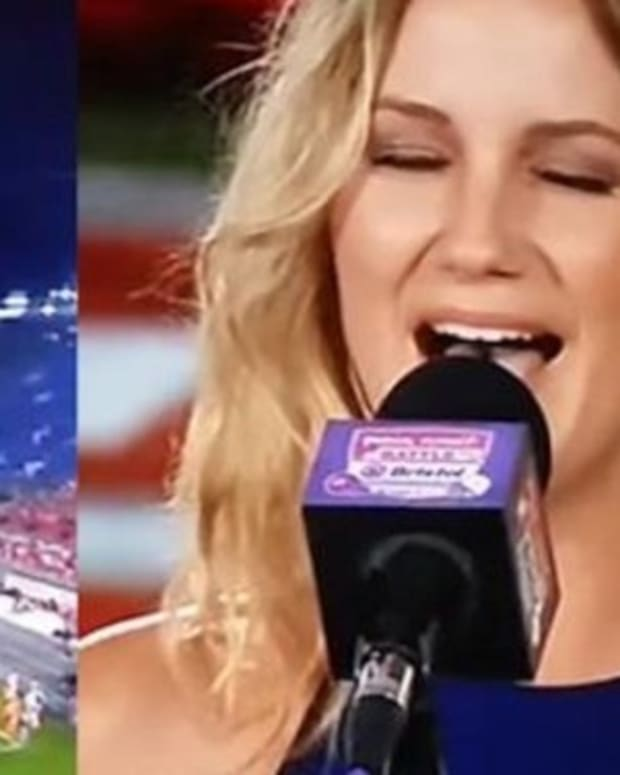Singer Stuns Crowd After Opening Her Mouth In Response To Anthem Controversy Promo Image