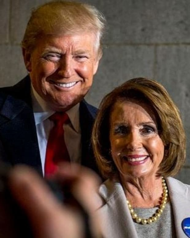 Pelosi Calls On FBI To Investigate Trump, Russia Ties Promo Image