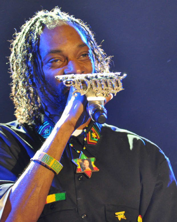 Snoop Dogg Investigated By Secret Service (Video) Promo Image