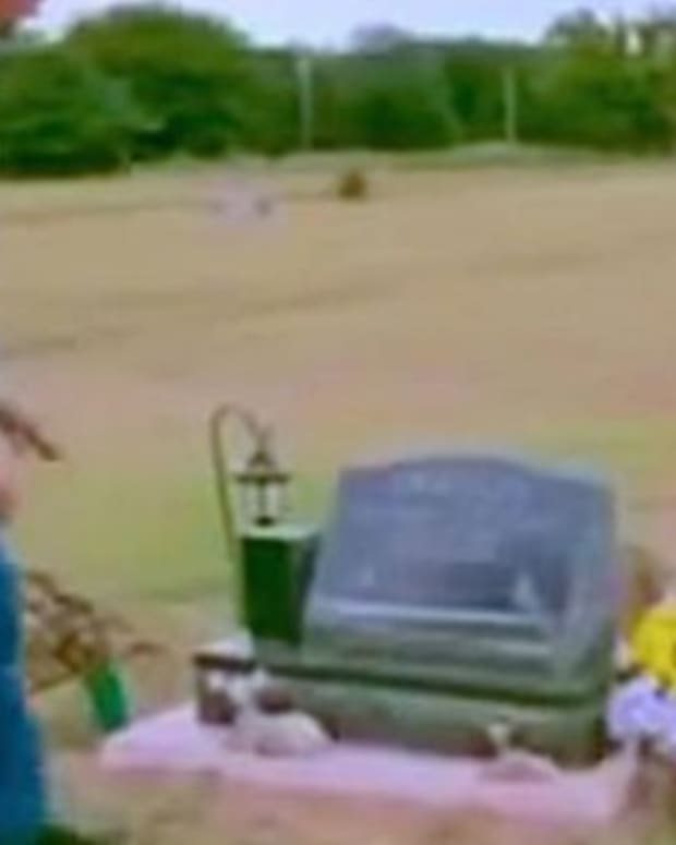 11-Year-Old Unexpectedly Dies, Dad Makes Shocking Discovery When He Sees Son's Grave Promo Image