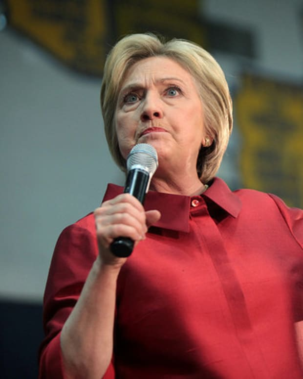 Cybersecurity Experts: Clinton's Email Likely Hacked Promo Image