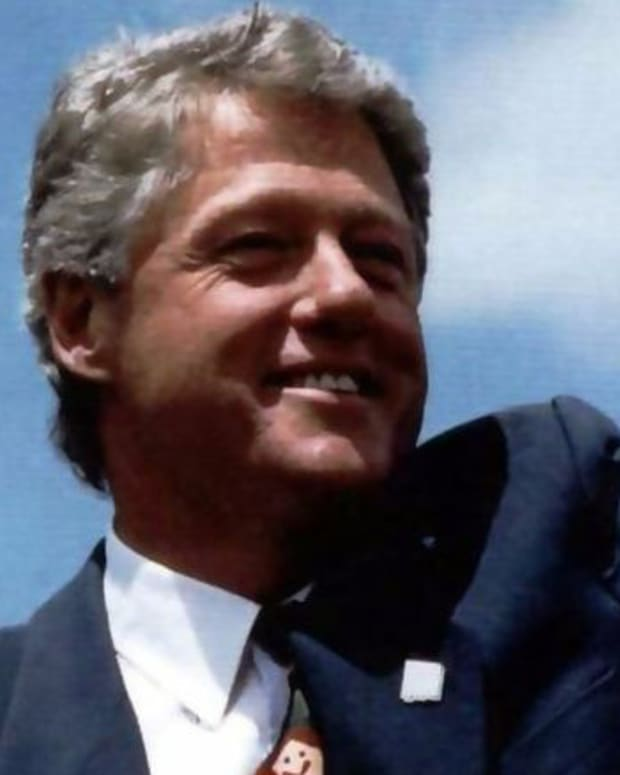 Bill Clinton On Trump: 'He Doesn't Know Much' Promo Image