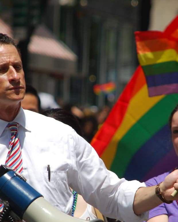 BREAKING: Anthony Weiner Pleads Guilty In Photo Scandal Promo Image