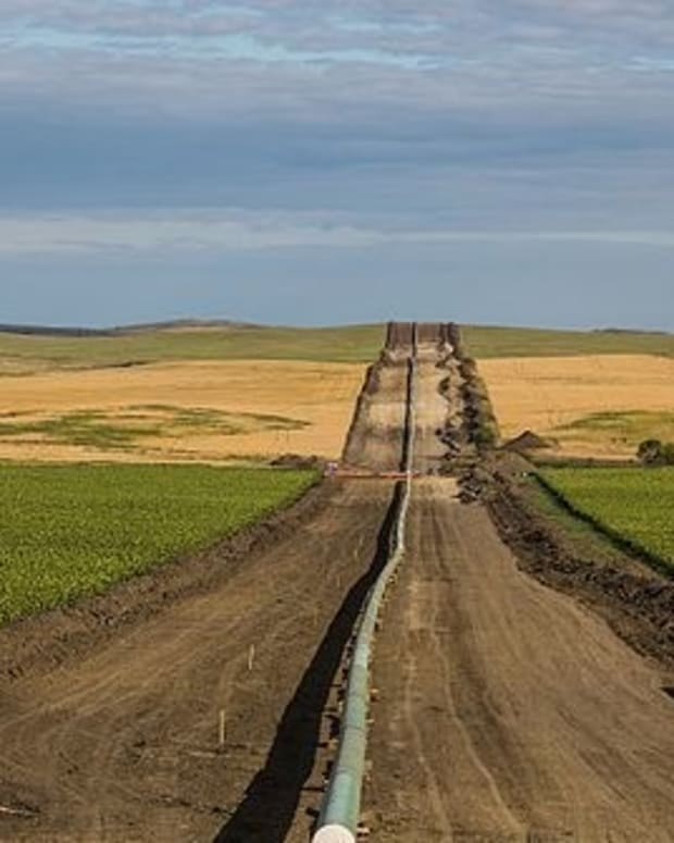 Dakota Access Pipeline Leaked 84 Gallons Of Oil  Promo Image
