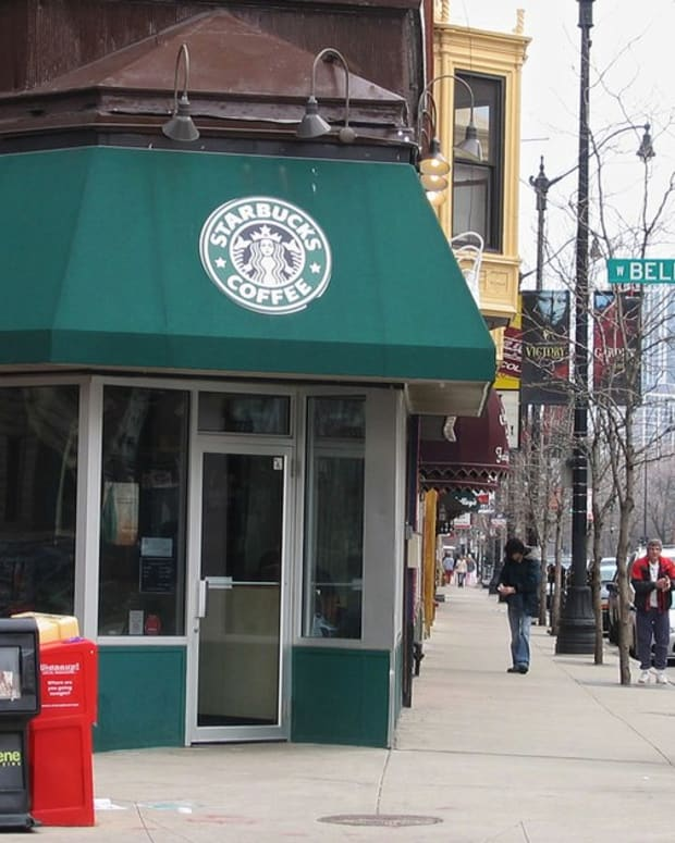 Starbucks Customer Arrested After Racist Rant (Video) Promo Image