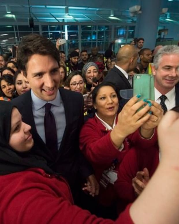 Canadian PM Welcomes Refugees After Trump Enacts Ban Promo Image