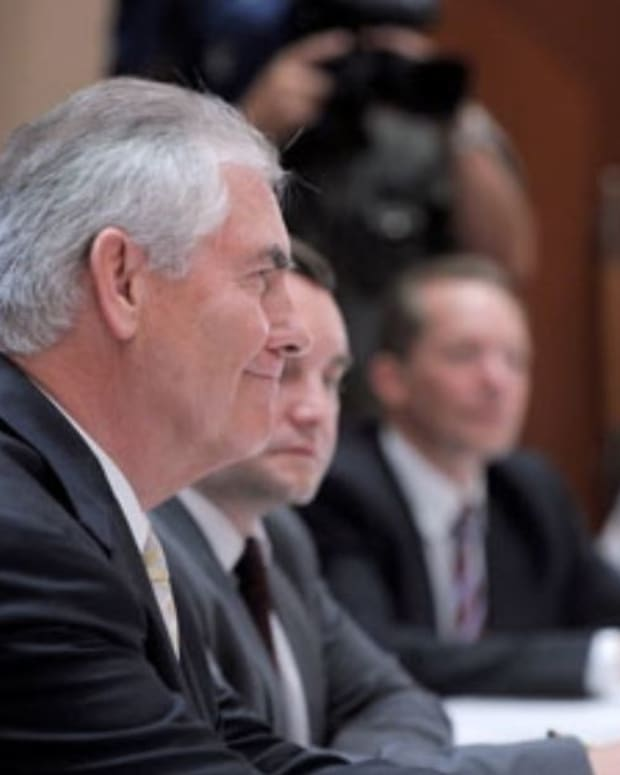 Tillerson Worked Around Sanctions As Exxon Mobil CEO Promo Image