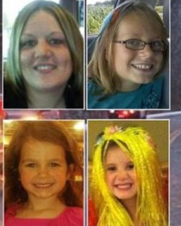 Police Identify What Woman Was Doing Before Crash That Killed Daughter, 2 Nieces Promo Image