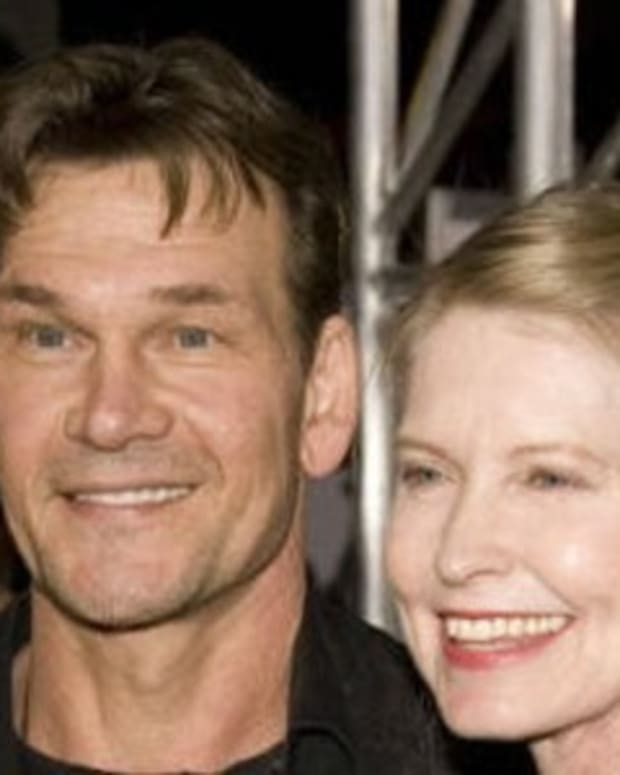 Details On Patrick Swayze's Final Days Have Emerged - And They're Not All Pleasant Promo Image