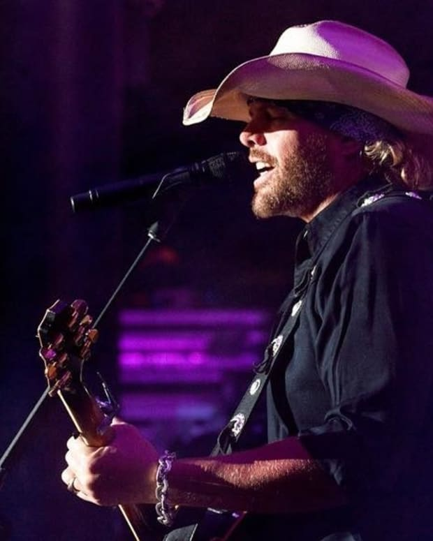 Toby Keith, 3 Doors Down To Perform For Trump Promo Image