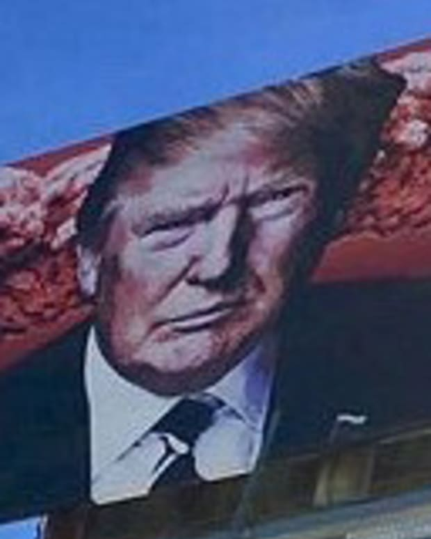 Trump Billboard In Arizona Sparks Controversy (Photo) Promo Image