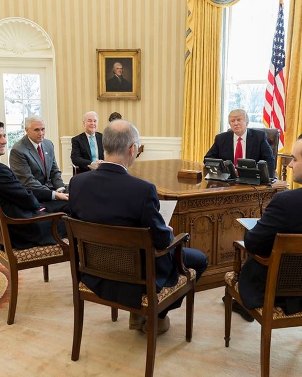 Inside Trump's Praise-Filled Cabinet Meeting Promo Image