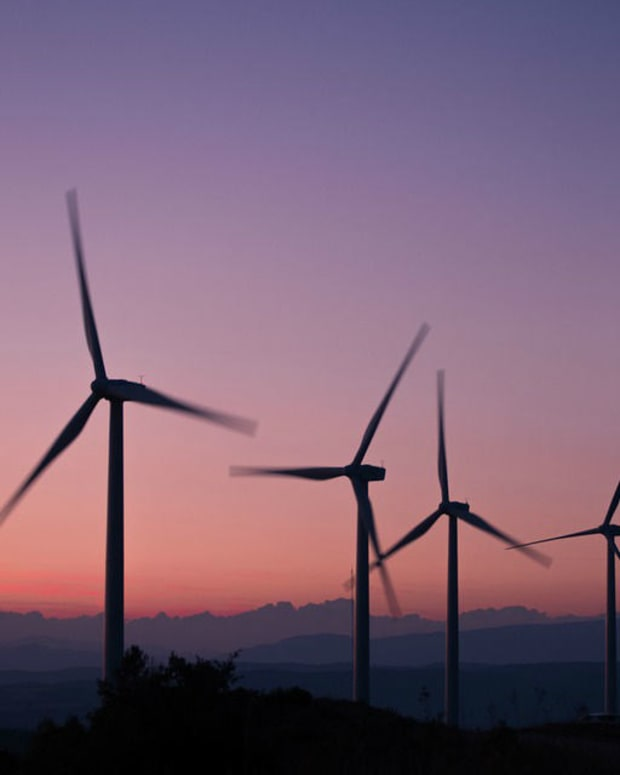 US Government Makes Largest-Ever Clean Energy Purchase (Photo) Promo Image