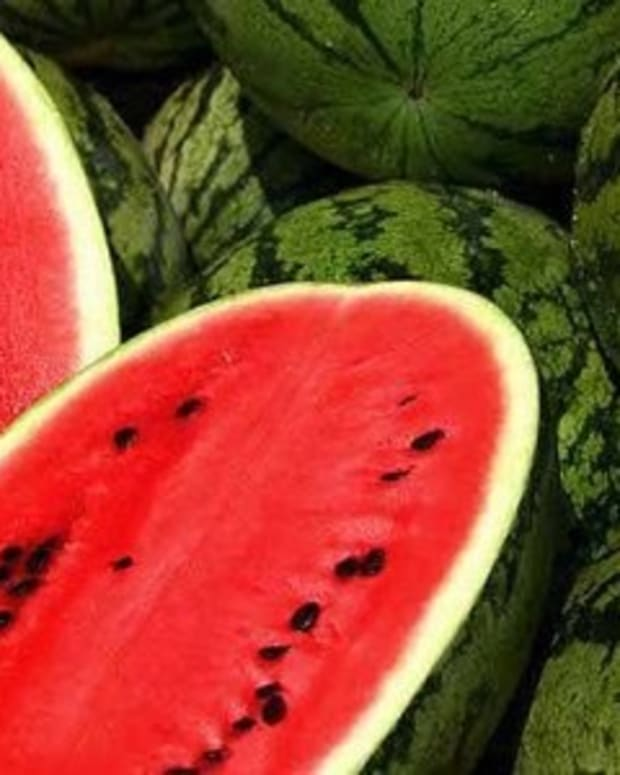 If You're Planning On Eating Watermelon Any Time Soon, You Should Be Aware Of This Promo Image