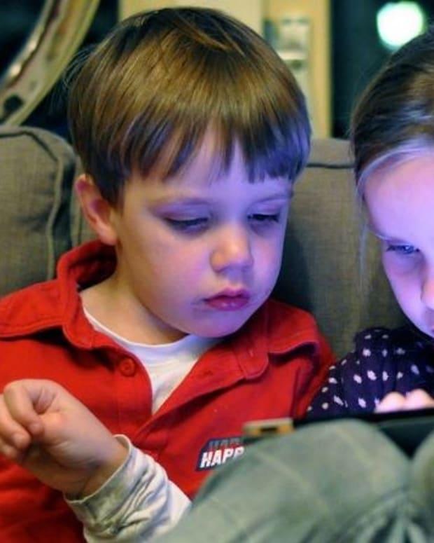 Study: iPads Negatively Impact Children's Development Promo Image