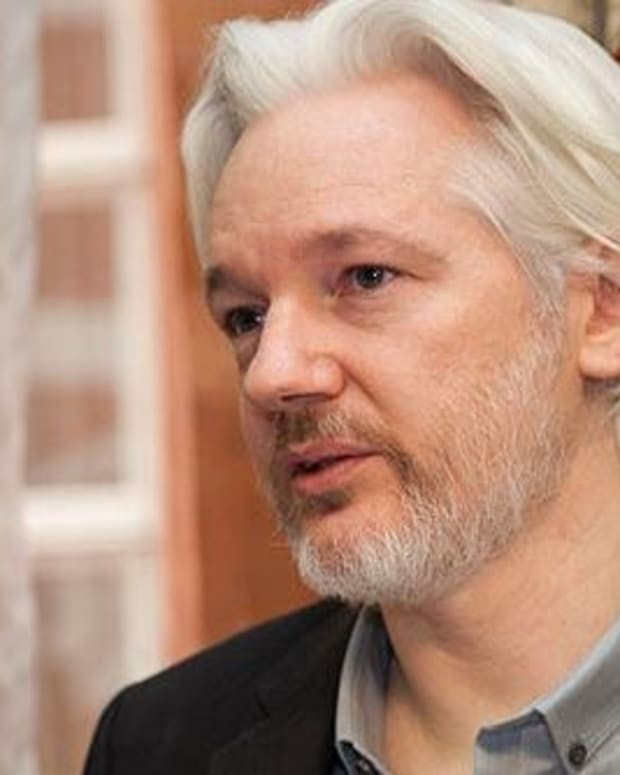 U.S. Urged Ecuador To Cut Assange's Internet Promo Image