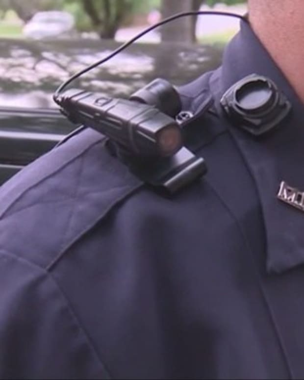 UK Study: Police Body Cams Cut Complaints By 93 Percent Promo Image