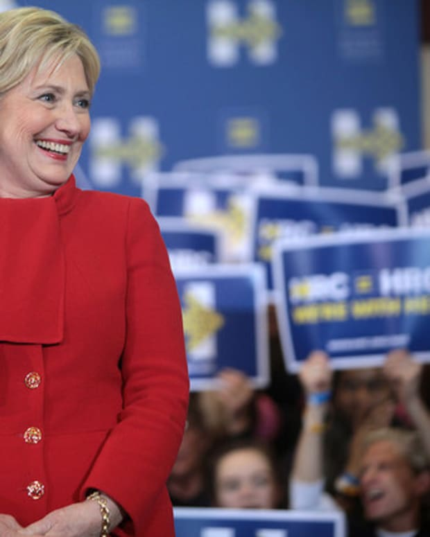 Clinton Back On The Campaign Trail Sept. 15 Promo Image