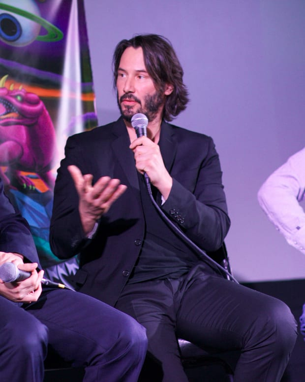 Keanu Reeves' Act Of Kindness Goes Viral (Video) Promo Image
