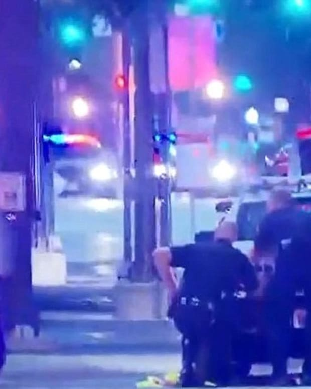 Suspect In Dallas Police Shooting Killed Himself (Video) Promo Image