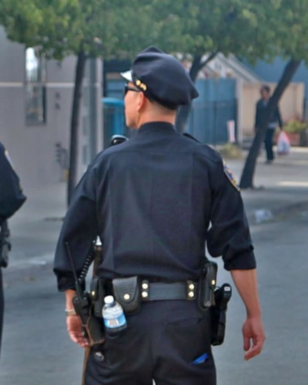 San Francisco Cops Shoot Mentally Ill Man (Video) Promo Image