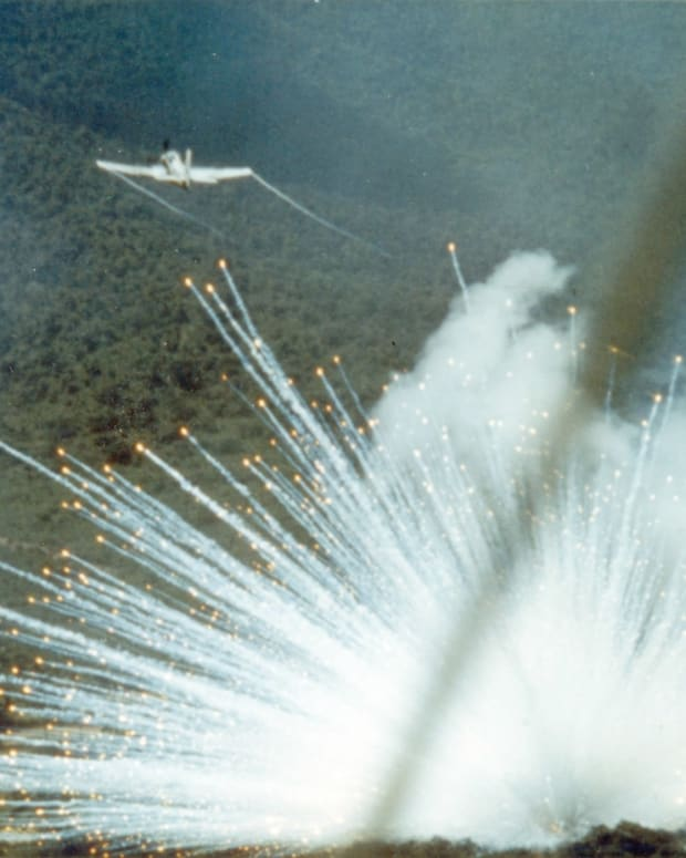 US Can Do Little To Stop Saudis Using White Phosphorus Promo Image