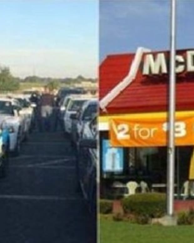 Cops Stop By McDonald's After Funeral, Get Approached By Unexpected Person (Photos) Promo Image