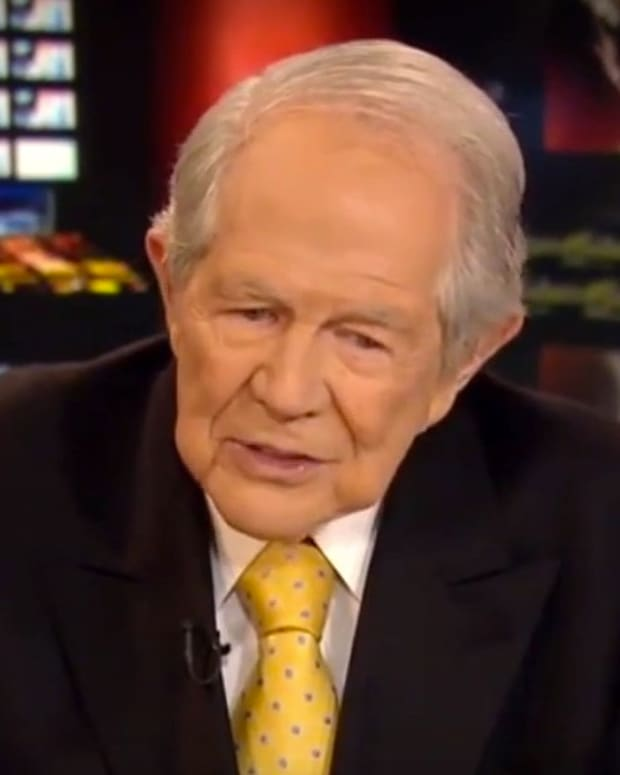 Pat Robertson: Sarah Palin Shouldn't Run The VA (Video) Promo Image