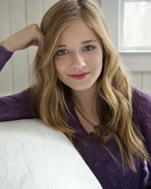 Jackie Evancho 'Disappointed' In Trump On Trans Issue Promo Image