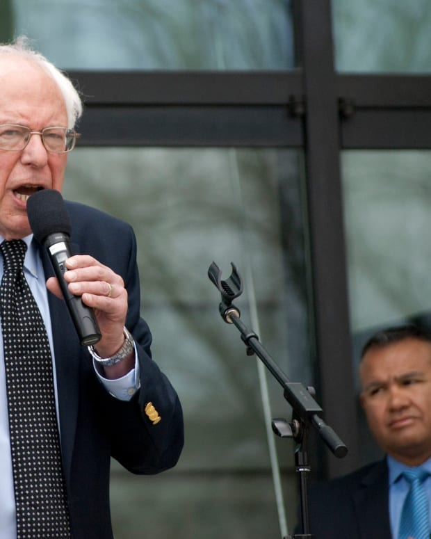 Sanders Says Trump Told 'Cynical Lies' To Working Class Promo Image