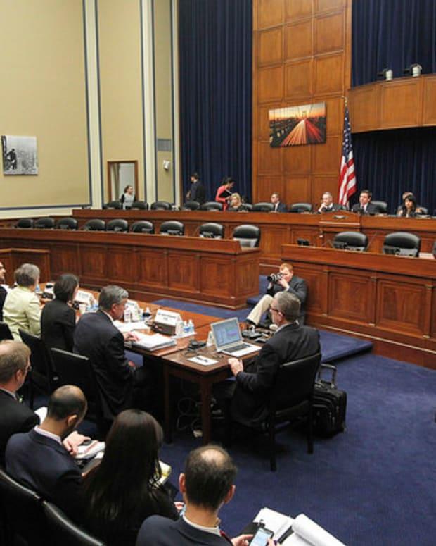 White House Told Agencies To Ignore Democrat Oversight Promo Image