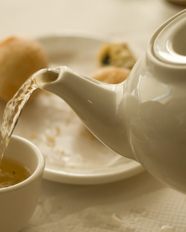 Woman Dies After Drinking Tea Bought In San Francisco Promo Image