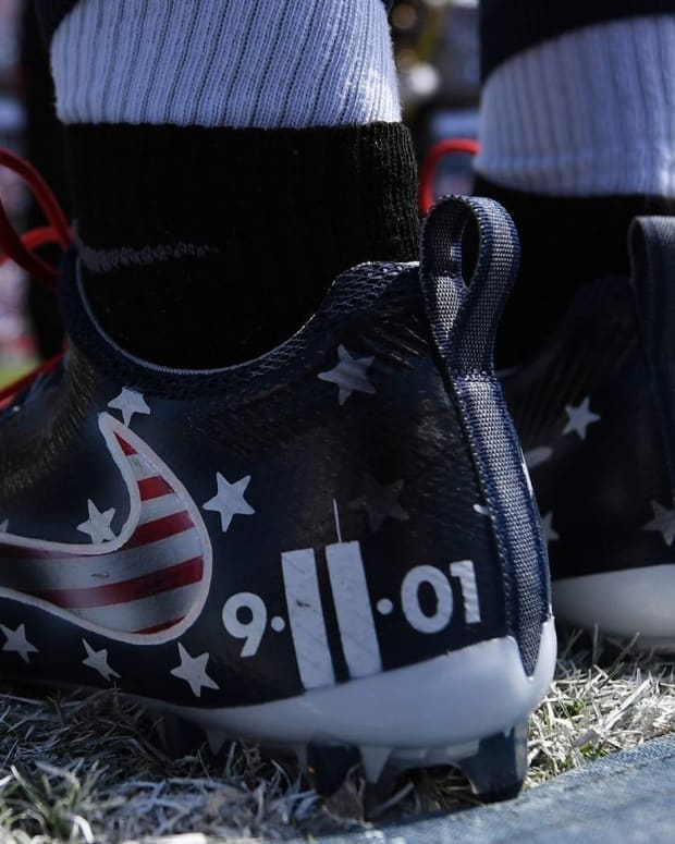 NFL Fines Avery Williamson For Wearing 9/11 Cleats (Photos) Promo Image