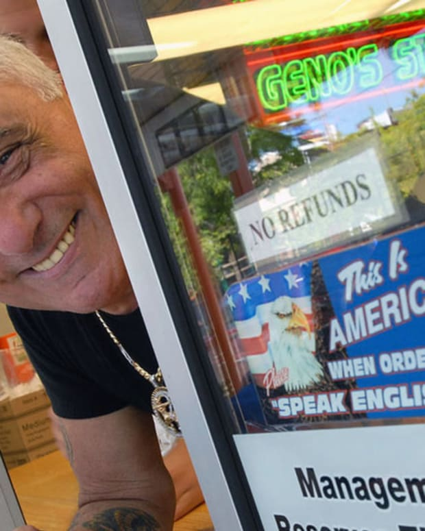 Restaurant Removes 'English Only' Sign After 10 Years Promo Image