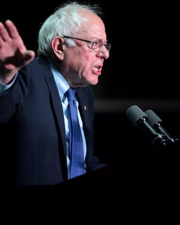Sanders: Trump Presidency Would Be 'Absolute Disaster'  Promo Image