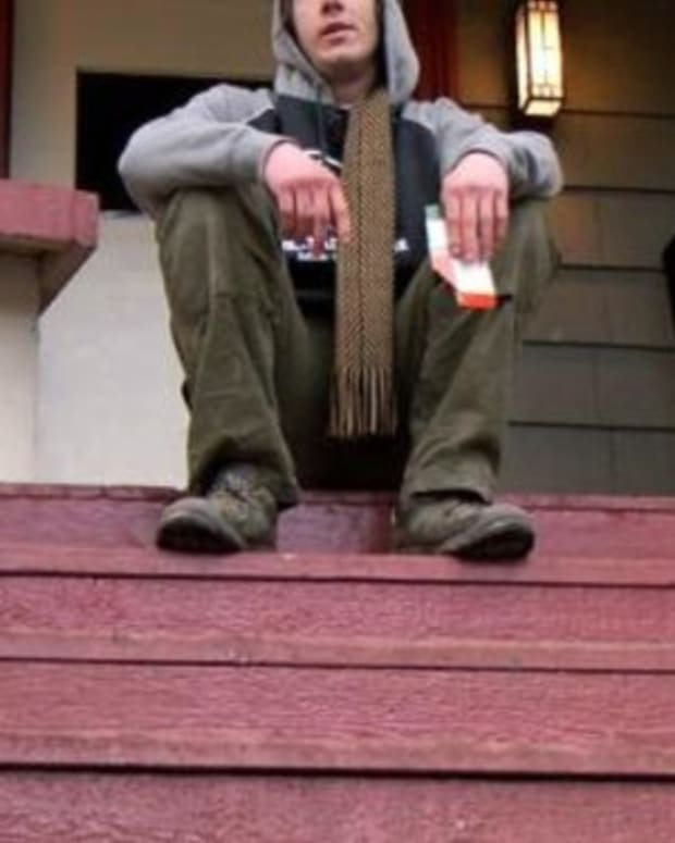 Homeowner Finds Homeless Man Sleeping On Porch, Does Something Shocking (Video) Promo Image