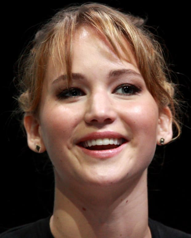 Jennifer Lawrence: 'We Shouldn't Riot In The Streets' Promo Image