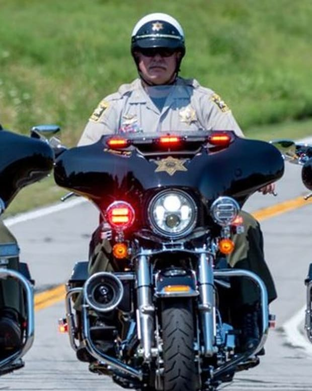Ex-Cop: Deputy Cited Me For Driving Less Than A Block (Video) Promo Image