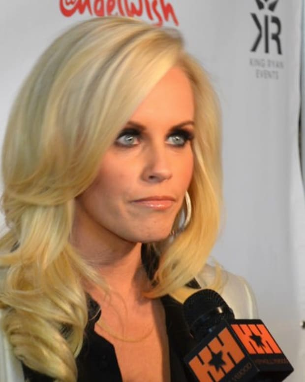 Trump Charity Donated To Jenny McCarthy Anti-Vaxxer Org Promo Image