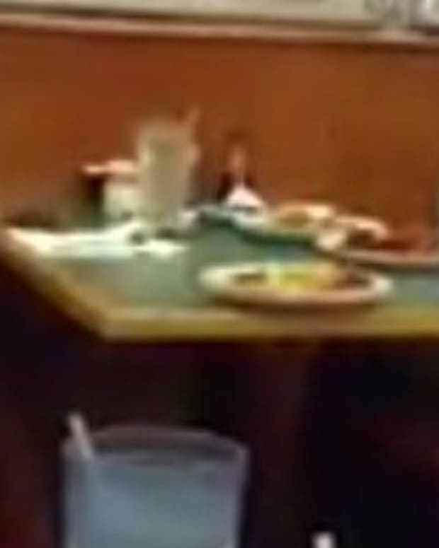 Man Sees Couple Do Something Awful At Buffet (Photo) Promo Image