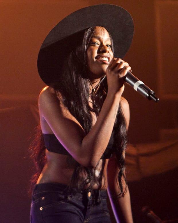 Judge Issues Warrant For Rapper Azealia Banks' Arrest Promo Image