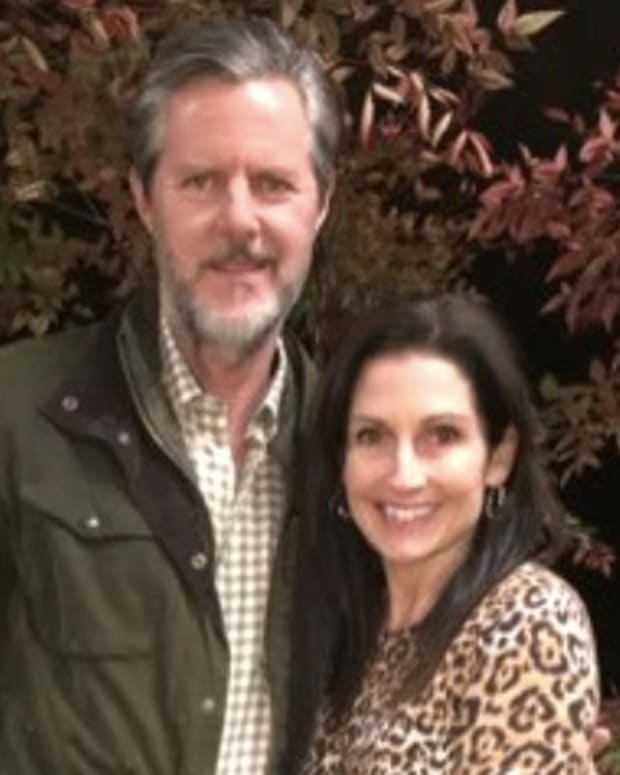 Jerry Falwell Jr. Protested By Own Students Over Trump Promo Image