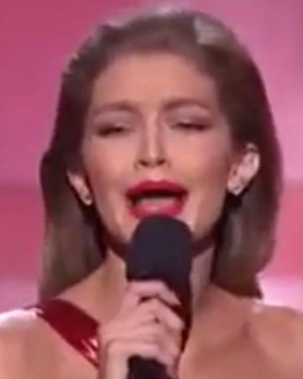Model Gigi Hadid Performs Melania Trump Impression (Video) Promo Image