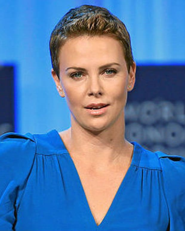 Charlize Theron States She's 'Fat,' Sparks Controversy (Photo) Promo Image