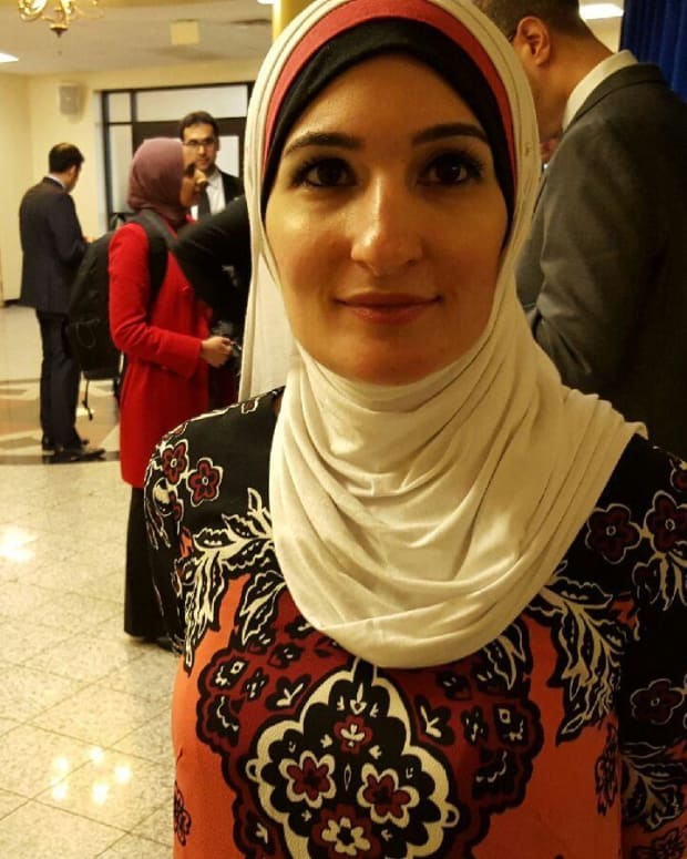 Activist Linda Sarsour In Midst of Media Firestorm Promo Image