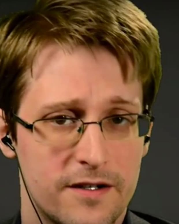 Edward Snowden Makes Case For Presidential Pardon (Video) Promo Image