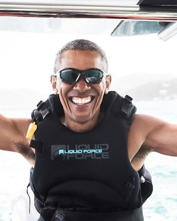 Obama Accepts Kitesurfing Battle Against Richard Branson (Video) Promo Image